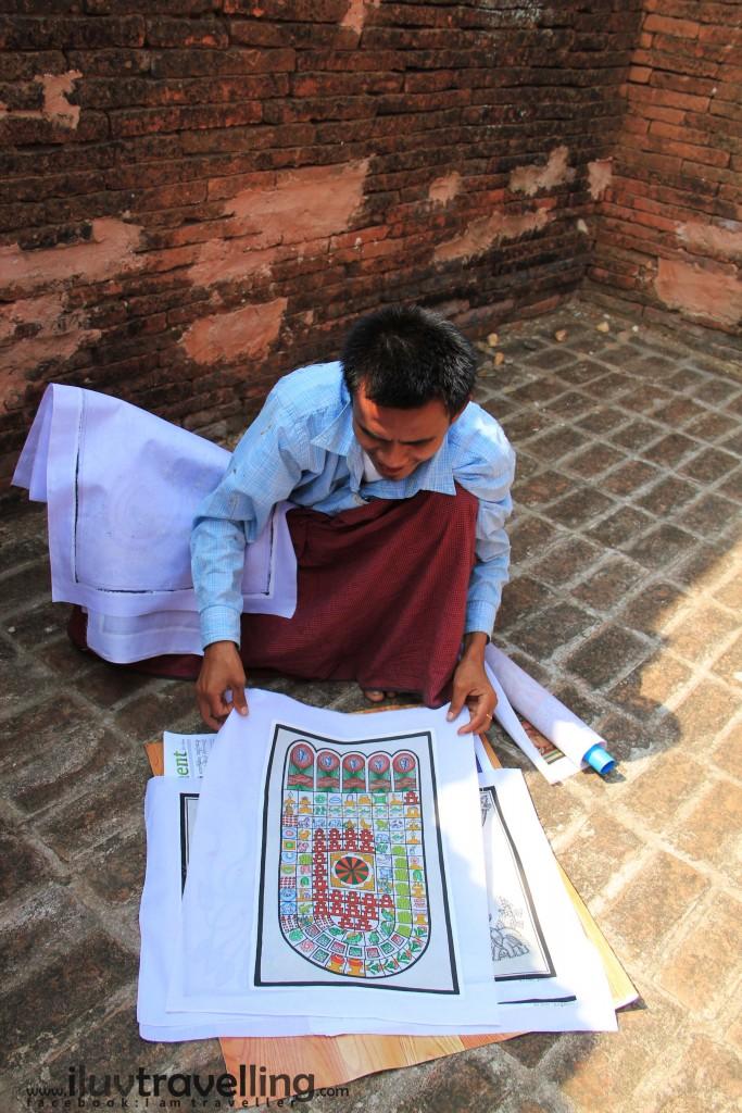 หมวยชอบคนพม่านะ เค้าสุภาพมาก ชุดที่ใส่เป็นเสื้อเชิ้ตสีขาว ใส่เสื้อกล้ามด้านใน และนุ่งโสร่งเคี้ยวหมาก เค้าให้ความเคารพในพุทธศาสนามาก