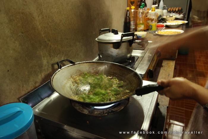 อาหาร แม่กำปอง (6)